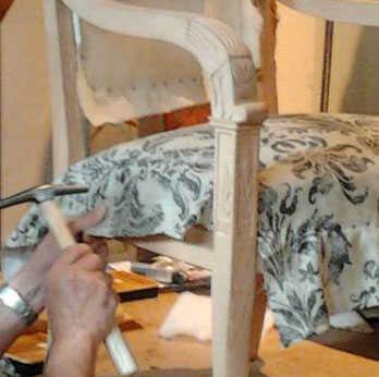 stage de r fection de fauteuil uz s aliore. Black Bedroom Furniture Sets. Home Design Ideas