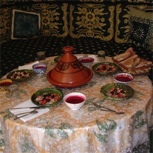 Futon Boutique Cooking with a berber family in Morocco
